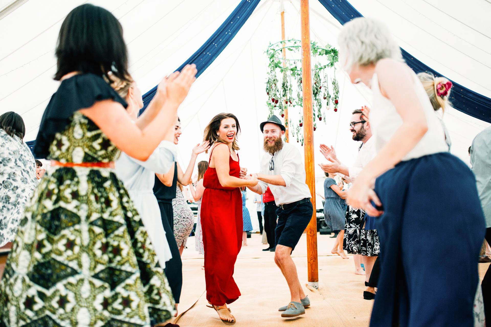 Best wedding photography 2016 - guests dancing in tent