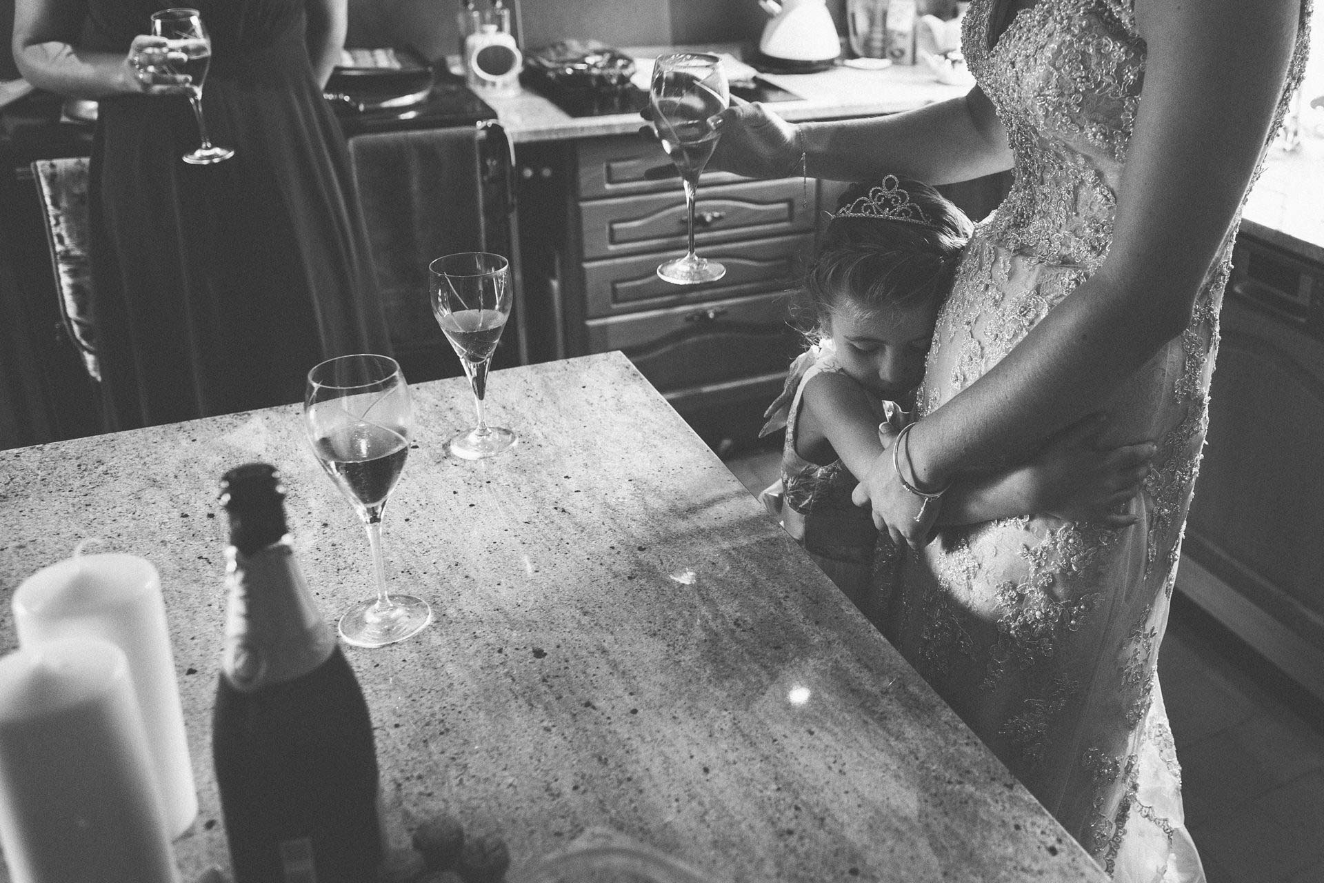 Best wedding photography 2016 - champagne glasses on kitchen table