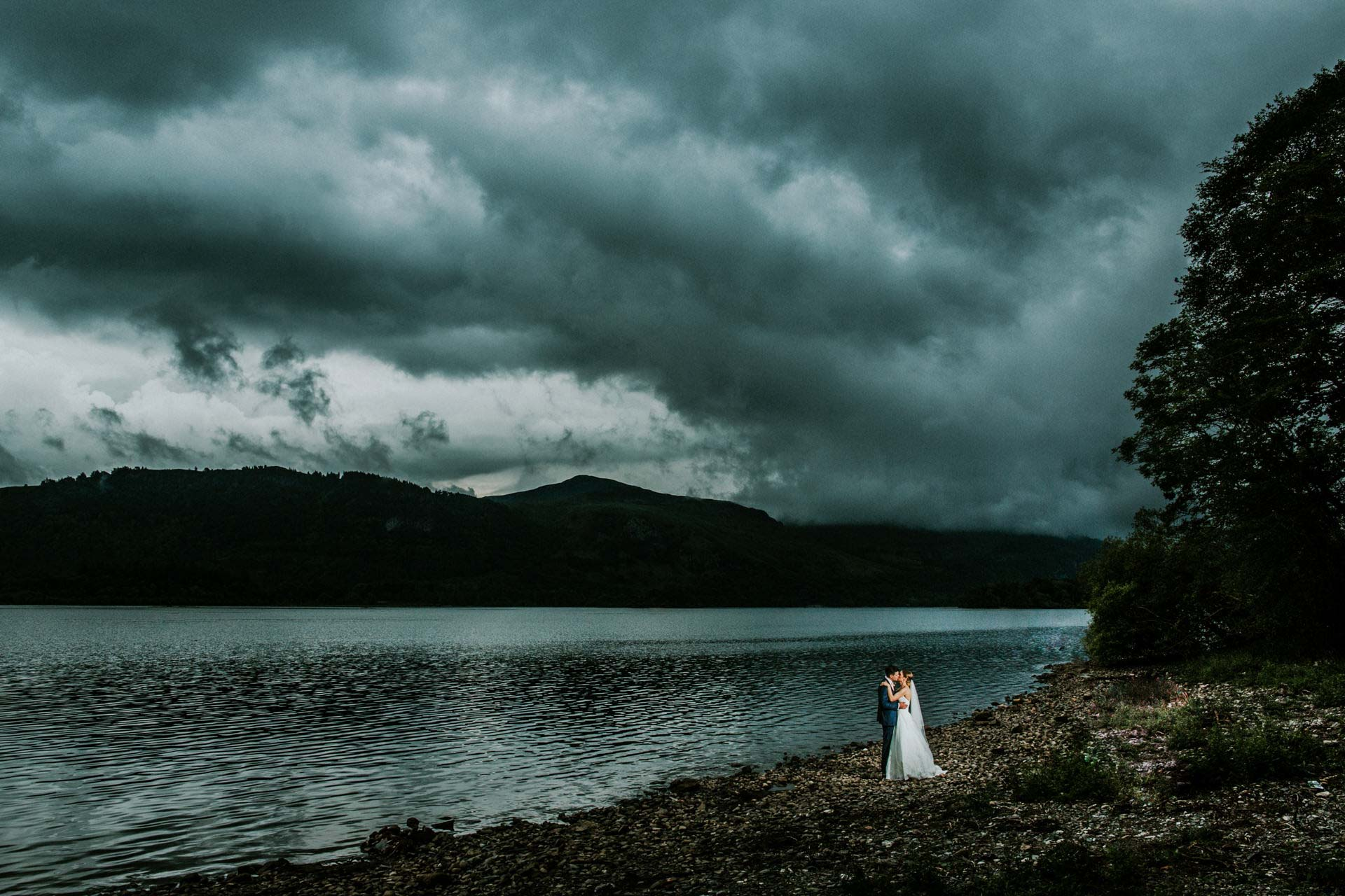 Best wedding photography 2016 - bride and from with awesome sky