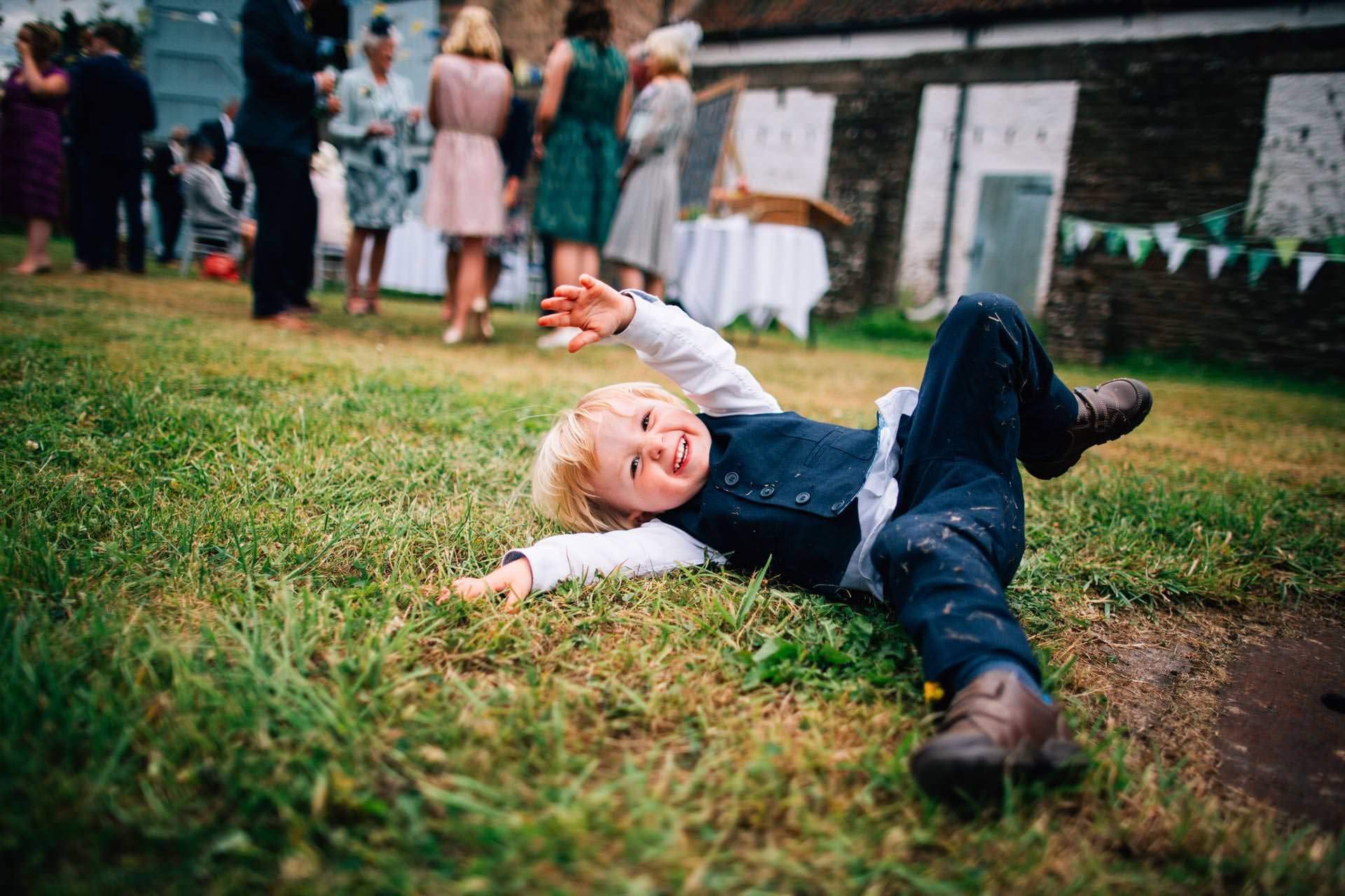 Best wedding photography 2016 - kids playing at the reception