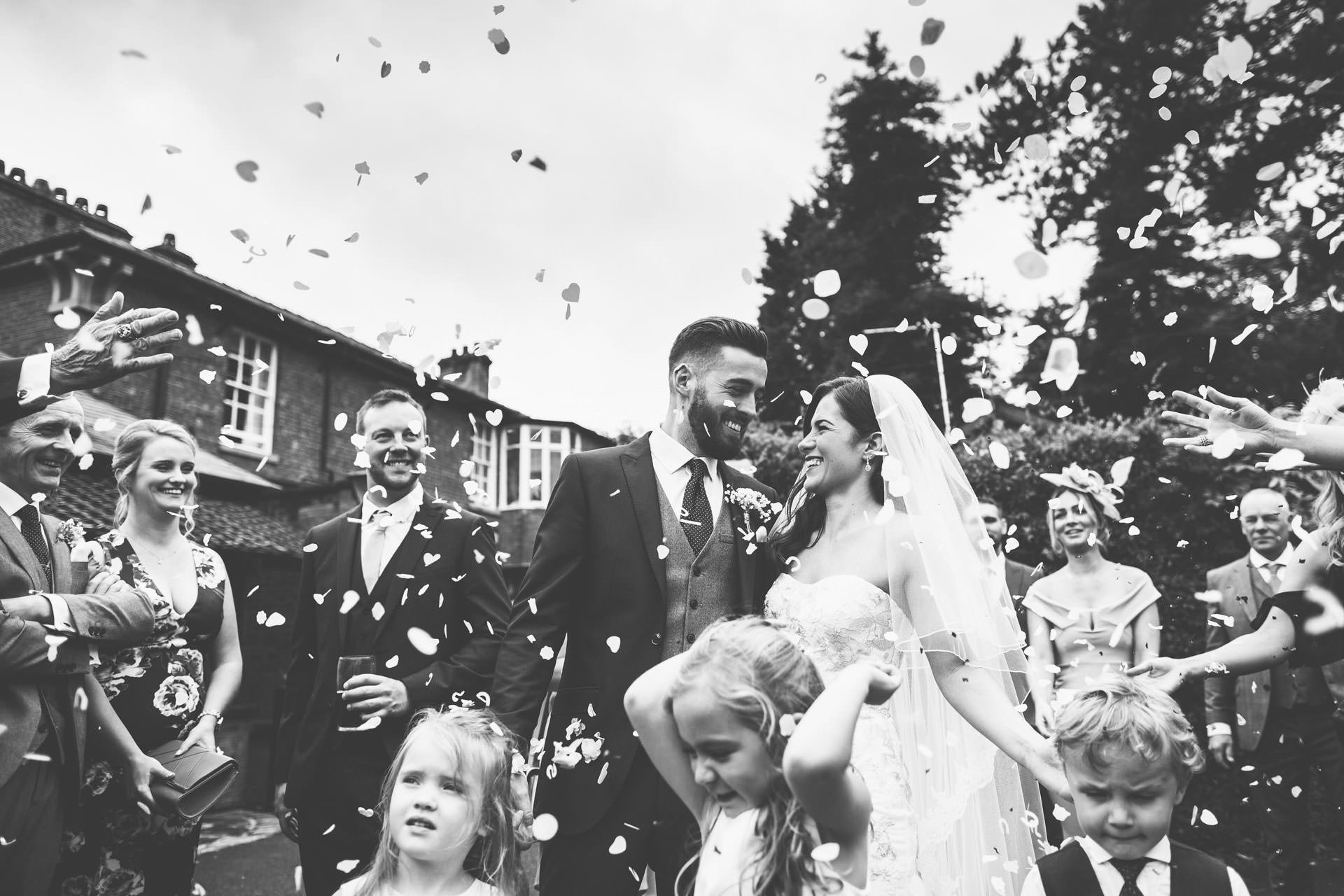 Best wedding photography 2016 - black and white confetti shot